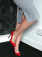 stocking, Michelle is silky and sexy with her gorgeous stiletto heels on